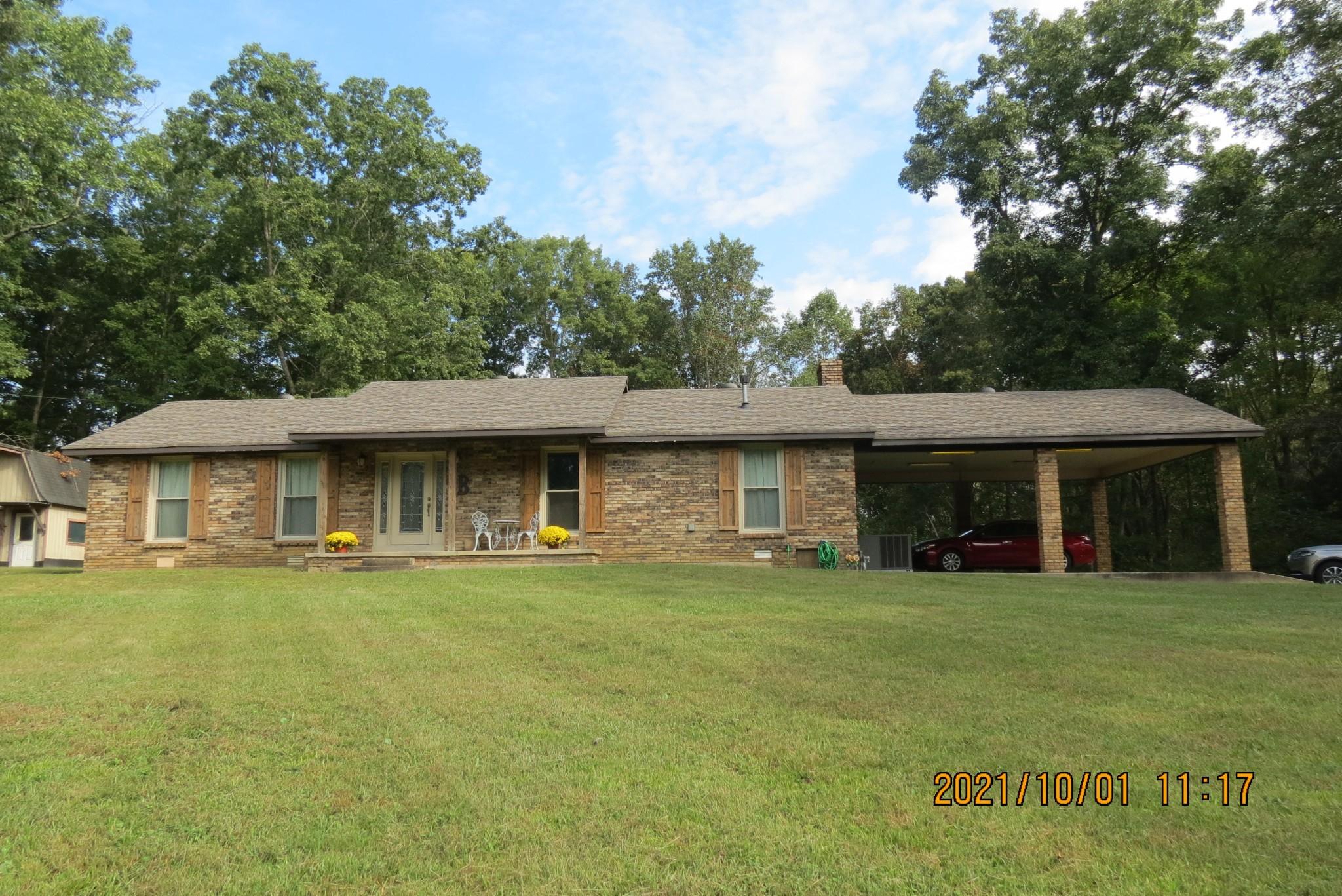 720 Arlington St, Erin, TN 37061