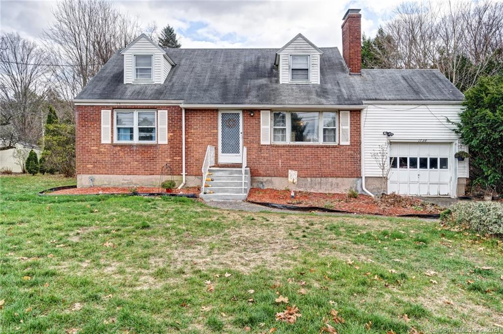 Welcome Home to 1738 Manchester Rd