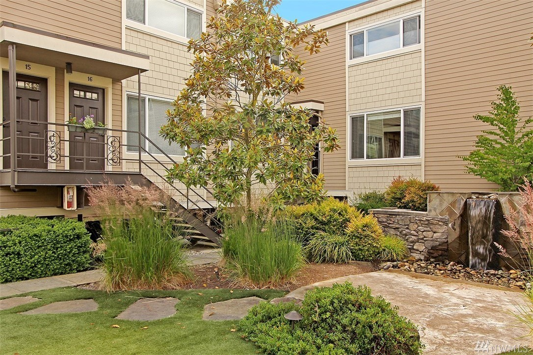 233 3rd Ave N 15