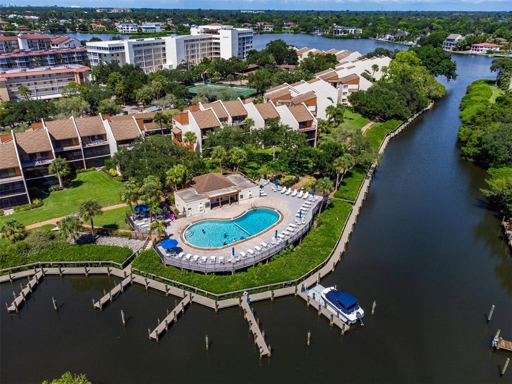 1600 Cove Ii Place 413, Sarasota, FL 34242
