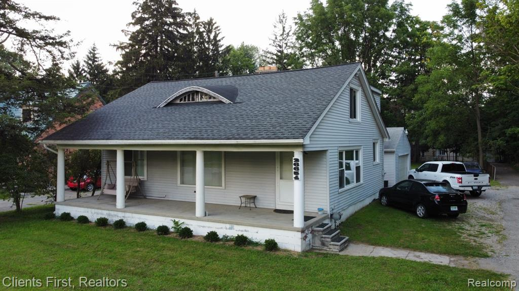 3 Bedrooms good size rooms, Large Great Room with fireplace. Garage has heat, and air. NEW windows in 2020. NEW furnace in 2020 Hot water tank in 2019     Sump pump in 2020 Newer Roof. THIS IS A FIXER UPPER, THIS HOME IS BEING SOLD AS IS. SELLER WILL MAKE NO REPAIRS.