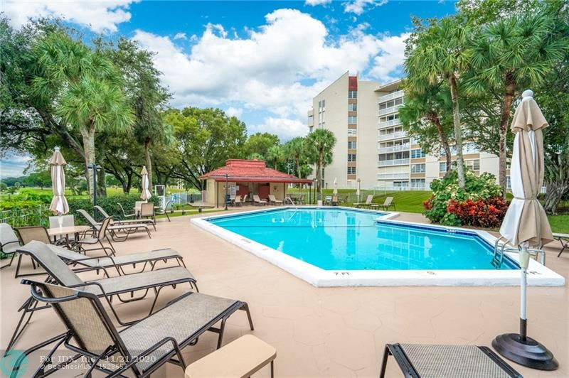 ASTONISHING VIEWS!! Immense balcony view overlooking the golf and pool area. This 2 bedroom/ 2 bath condo comes all furnished and is located in an all-aged 24H gated community + secured lobby. This building has underground covered parking and many guests spots. Special assessment for the 40 year inspection has already been paid in full by the current owner. This community offers plenty of amenities such as pool, gym, bowling alley, and much more!  HOA REQUIRES: MINIMUM OF 10% DOWN, 6 MONTH HOA HELD IN ESCROW, MINIMUM INCOME OF $45,000 INCOME, MINIMUM CREDIT SCORE OF 700.