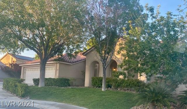 Wow!  Single story, OVER 1/4 acre, 3 car garage, 2747 sq ft, 4 bdrm, pool/spa & incredibly low HOA!  This amazing floor plan gives you so much room for entertaining or privacy.  Master bedroom separate from others.  More information will be updated soon.