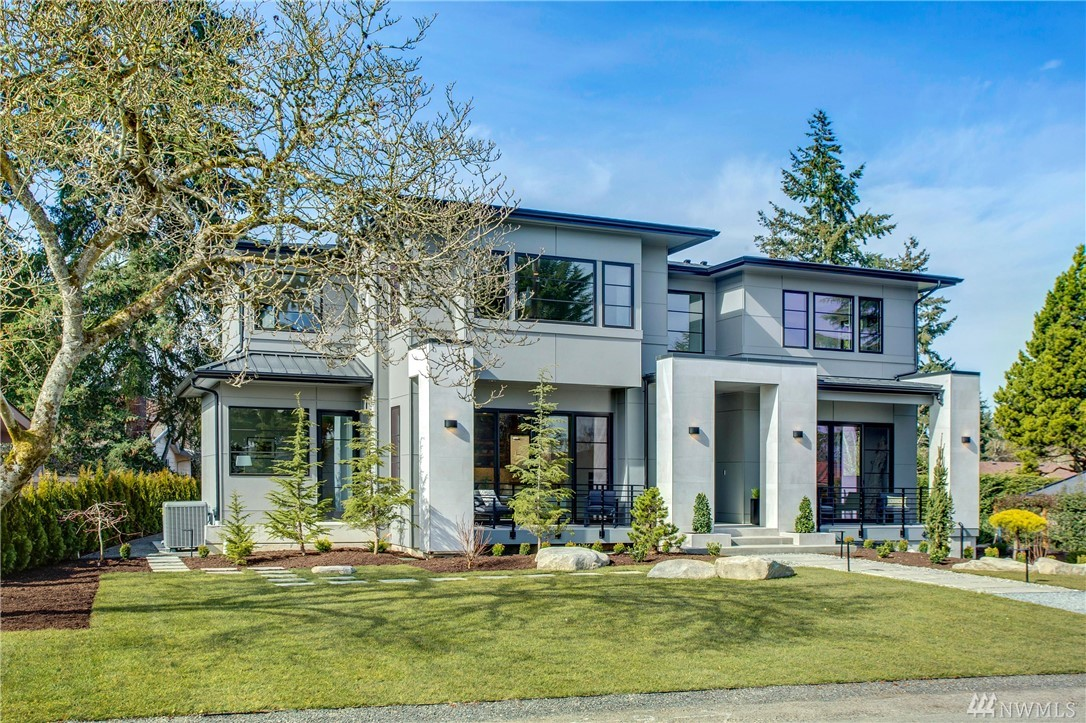 This Stunning detailed three story home is on a large, flat lot with ample front and back yard. Located in a North End neighborhood within easy distance to the new elementary school and high school. It is close to daycare/preschools, Mercerwood Shore Club and is very convenient to the freeway. This home offers top-ranked Mercer Island schools, an incredibly convenient location and a wonderful quality of life. Come see this exquisite New Construction of finest detail and perfection.
