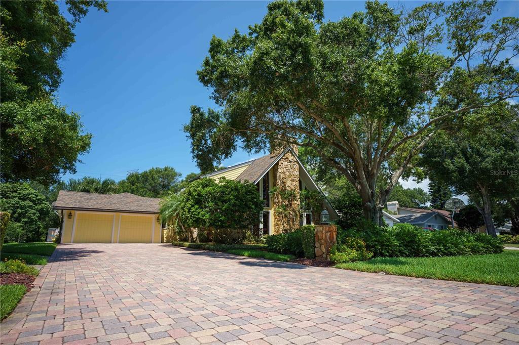 1944 Levine Lane, Clearwater, FL 33760
