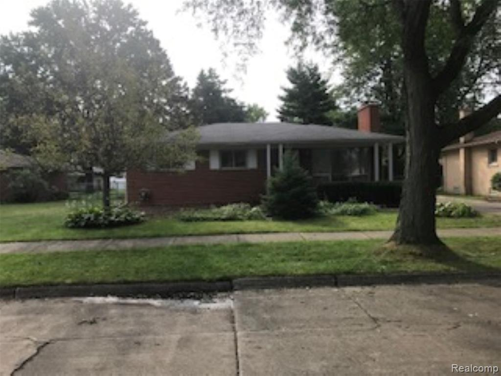 """3 bedroom 1 1/2 bath great Livonia brick ranch.  Open kitchen area, hardwood floors in bedrooms.  Solid hardwood flooring under carpet in living room. Large fenced backyard.  Sold """"as is.""""  Subject to Probate Court approval.  Quick Court approval.  All data & measurements are estimates.  Buyer/buyer's agent to verify all data."""