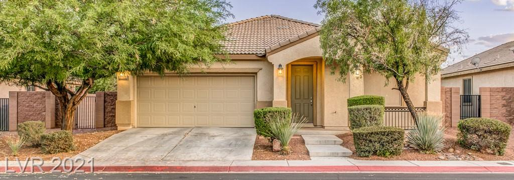 ~AMAZING HOME IN A GATED COMMUNITY~ NICE OPEN KITCHEN WITH GRANITE COUNTERS, ISLAND PANTRY & RECESS LIGHTING ~ CAREFREE YARD~ FANTASTIC COMMUNITY FACILITIES ~ ALL APPLIANCES ARE INCLUDED WITH THIS SALE~ MAKE YOUR APPOINTMENT TO SEE THIS PROPERTY NOW BEFORE IT IS GONE~