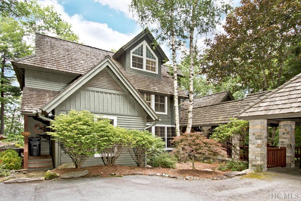 105 Old Cove Road, Highlands, NC 28741