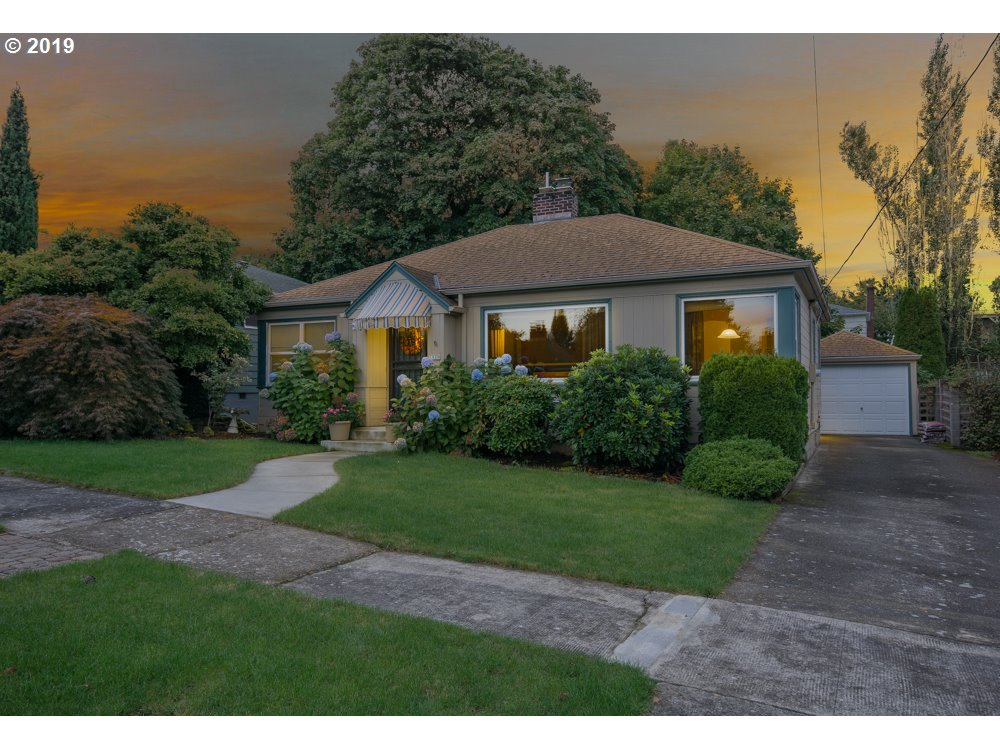 Cozy neighborhood adj to beautiful Rose City Golf Course. Well maintained traditionally styled 3 Bd,1.5 Ba Home.2 Fireplaces. Kitchen w/ nook opens to 18x11 Family Room. Slider leads to covered patio & low maintenance fenced yard. Master Suite. Fresh interior paint, Hrdwds in LR, DR.Laminates in kit & FR. Master Suite. Tremendous potential in basement awaiting modernization. View 5 Schematic renderings as samples of the possibilities.