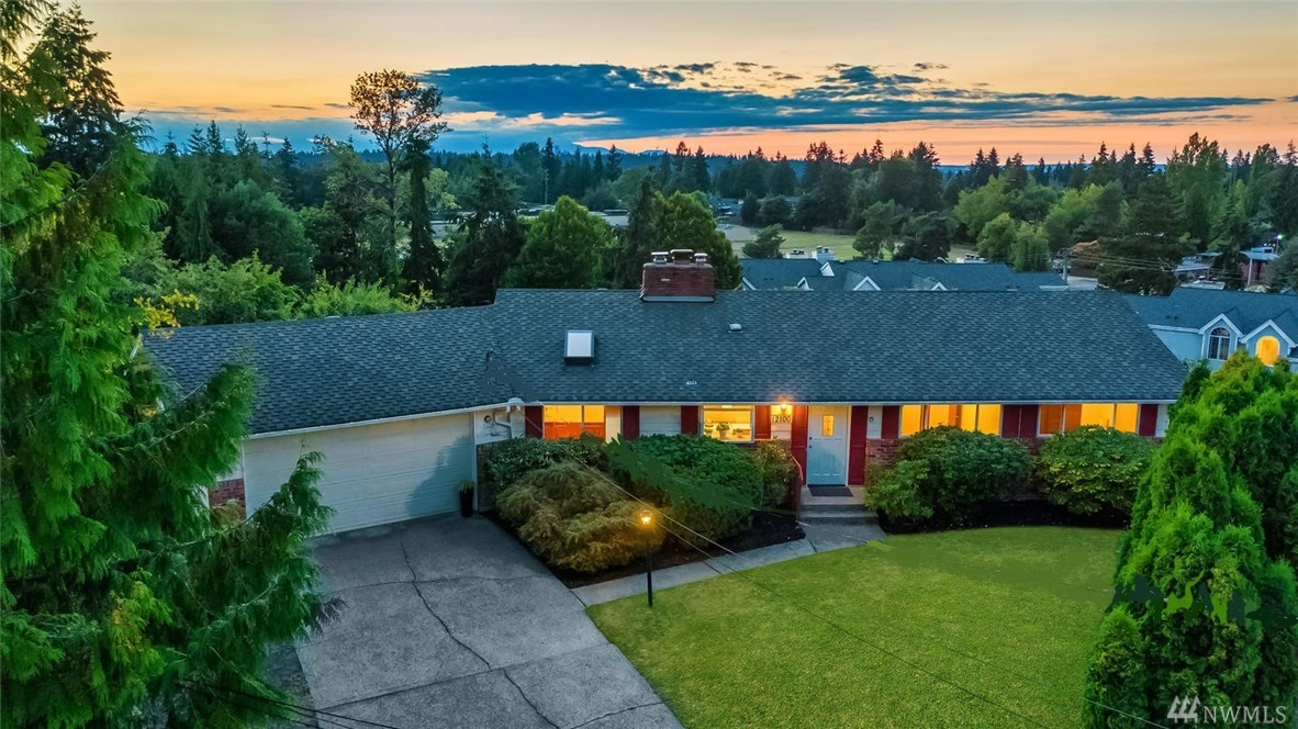 This inspiring home is nestled at the crest of a cul-de-sac allowing the property to be flooded w/sunlight from sunrise to sunset.The Mid Century architecture w/walls of windows in the living rm w/westerly territorial views create the best of indoor/outdoor living.Featuring;access to the deck for sunsets & moon rises,a slider to the covered piazza flowing to an expansive patio.Some of the lower level features;rec rm,vintage 1960's refreshment bar opening to a secluded patio & sprawling backyard.