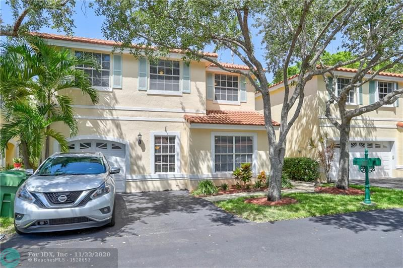 Amazing opportunity to own a 4/2.5 with a one-car garage in the gated Weston community of Emerald isles. Open concept with neutral tile flooring throughout. The kitchen has been updated featuring granite counters, white cabinets, and white appliances that overlooks the spacious family room. Large master suite w/big walk-in closet. All secondary bedrooms are a nice size with custom closets. Spacious back patio with plenty of room to entertain. Roof was replaced in 2015. Move-in ready.