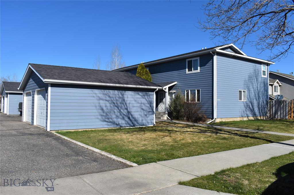 This condo is well located in Bozeman and boasts laminate flooring, generous living room area, large bedrooms and plenty of closet space and storage. The common area in the backyard is completely fenced in. All appliances including washer and dryer convey with sale of property.