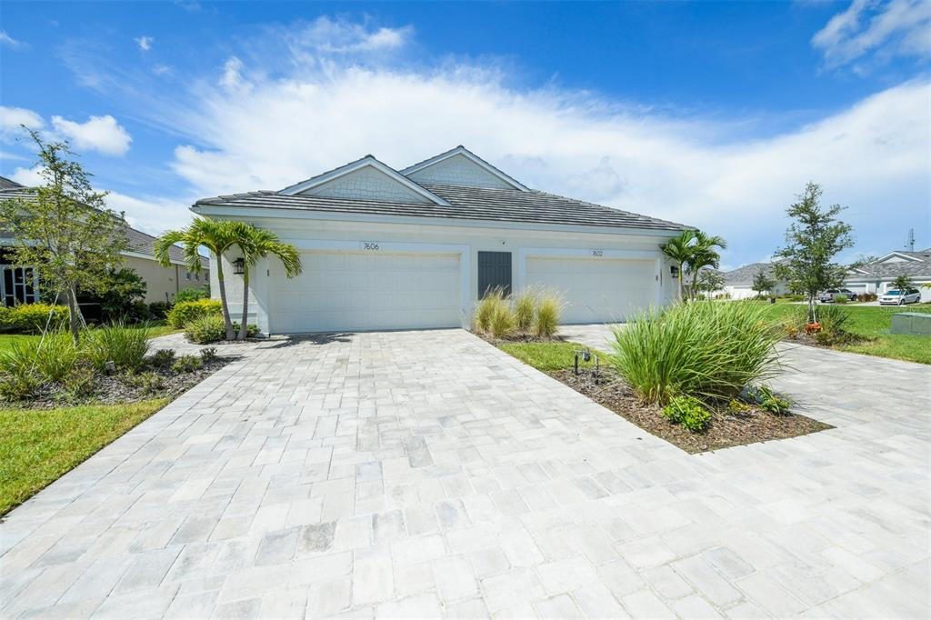 7606 Campus Cove, Sarasota, FL 34243