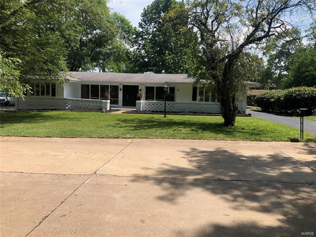 76 Manson, Chesterfield, MO 63017