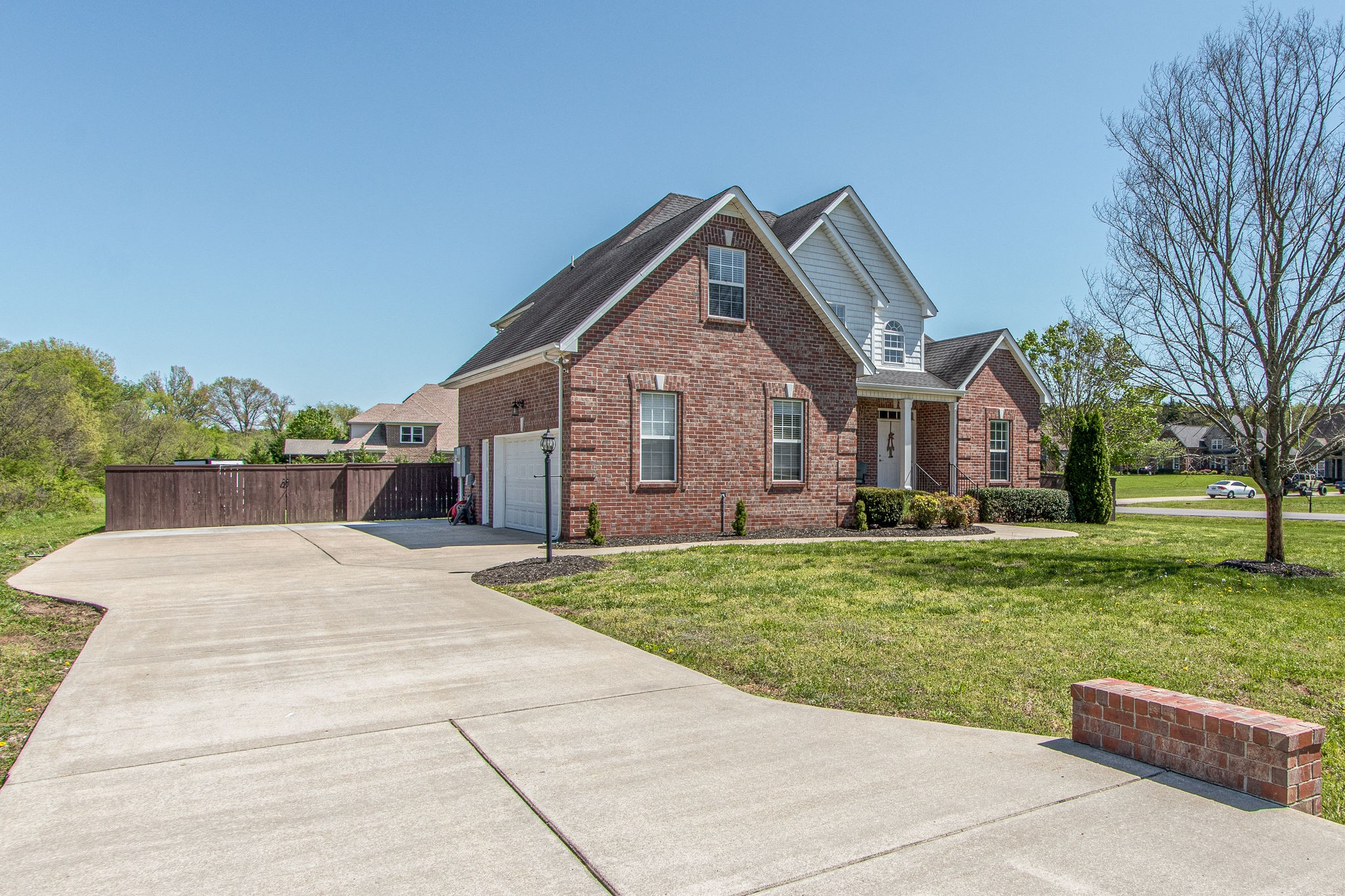 2304 Scout Dr