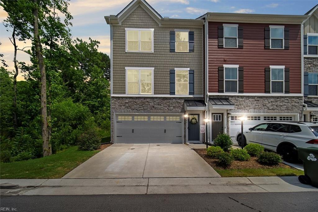 949 Centurion Circle, Chesapeake, VA 23323