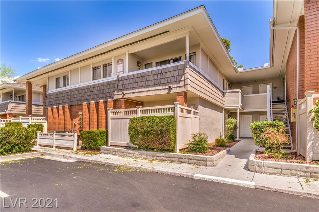 THIS MUST SEE BEAUTIFUL 1 BEDROOM, 1 BATH CONDO LOCATED IN THE PRESTIGIOUS LAS VEGAS COUNTRY CLUB.GORGEOUS KITCHEN WITH GRANITE COUNTER TOPS, AND TRACK LIGHTING. SPACIOUS FLOOR PLAN, WALK-INCLOSET IN BEDROOM, TILE AND CARPET THROUGHOUT. CLOSE TO STRIP, 24 HOUR GUARD GATED AND ROVINGSECURITY.
