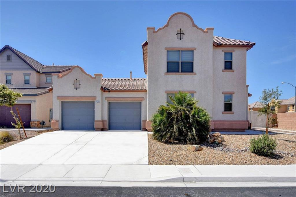 2905 White Peaks, North Las Vegas, NV 89081