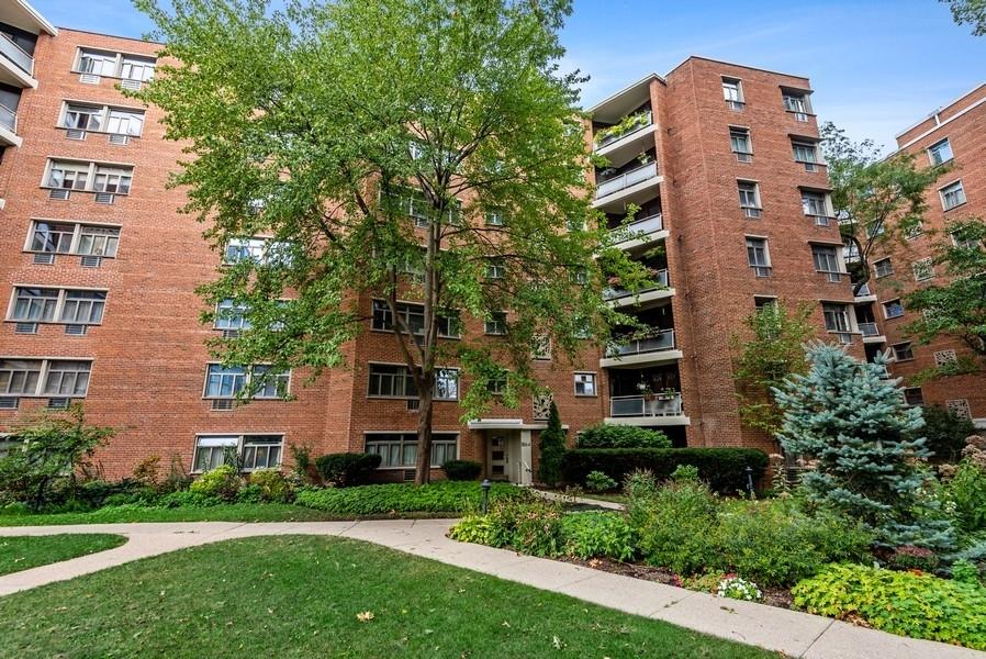 1864 Sherman Avenue 5NE, Evanston, IL 60201