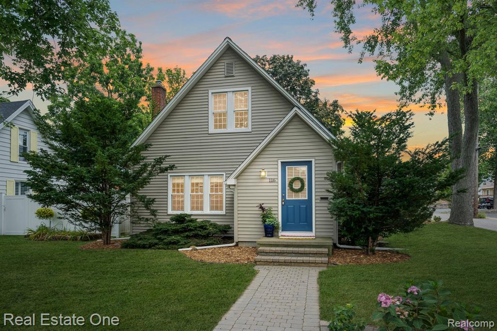 Don't Make A Move Without seeing this move-in-ready historic Rochester downtown darling! Gorgeous wood flooring, open kitchen, many updates throughout. Living room is open to dining room & french doors to first-floor bedroom/office.Kitchen features updated appliances, backsplash, tile floor, open concept. Family rm has high ceiling,ceiling fan, electric fireplace & French doors leading you out to the picket-fenced backyard & spacious garage. Master brm. features high ceiling, ceiling fan, & wood flooring. 3rd brm has 100 % wool carpet/padding (installed 2020). Beautifully landscaped w/great curb appeal, enjoy the nights w/the covered brick paver back patio. You will love this location being able to walk to all that downtown Rochester has to offer! Restaurants, shopping, playground & park! Spacious 2.5+ Garage w/upstairs storage loft. A/C 2020;Roof on house 2013 & garage 2019; Dishwasher 2020; refrigerator 2018; 2018 blinds throughout. All appliances included Updated electrical to 200A.