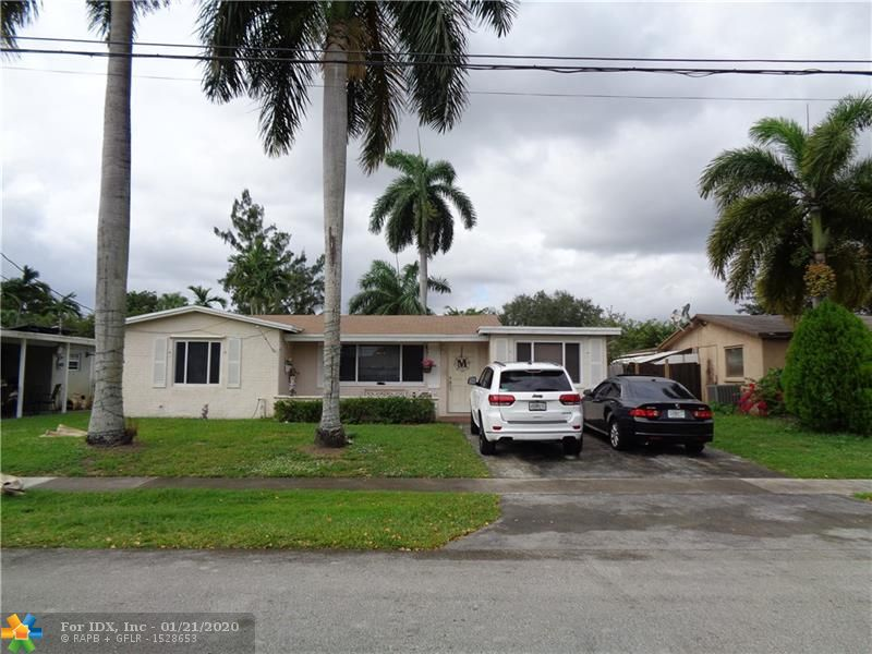 CHARMING CANAL FRONT 2 BED 2 BATH IN THE HEART OF DESIRABLE COOPER CITY. ROOF 2 YEARS NEW AND HOME HAS ALL IMPACT WINDOWS AND DOORS. NICE SIZED LOT WITH BIG BACK YARD. SCREENED PATIO OVERLOOKS SERENE  WATER AND SUNSET VIEWS. AIR CONDITIONED LAUNDRY SPACE. 2 BLOCKS FROM COOPER CITY ELEM. SHOW AND SELL