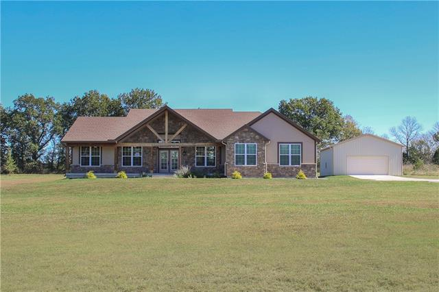 30725 S Tennessee Road, Harrisonville, MO 64701