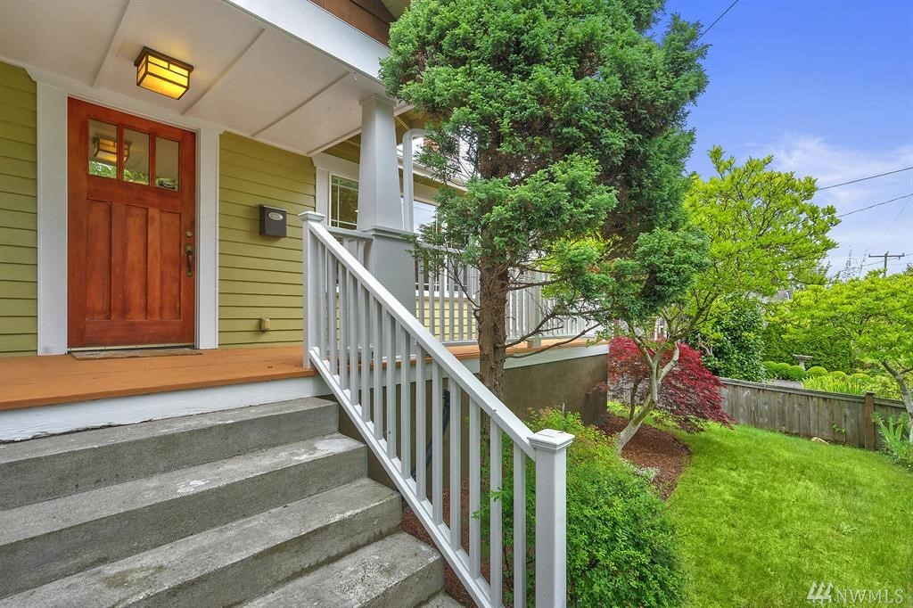 Beautifully Updated and Lovingly Cared for Wallingford Charmer in Great Location! Front Porch, Formal Liv Rm w/Cozy Gas Fpl w/Custom Bookcase, Spacious Formal Dining, Open Kitchen w/Slab Granite/SS Appl's & Nook Area, Master w/Walk-in, Guest Bdrm, Full Hall Bath & Downstairs Fam Rm, 2 Good Size Bdrms, Full Bath and Utility Rm w/Basin! High Ceil's, Hdwd & Slate, Gas Heat/Hot H2O, Custom Colors, Wide Base and Dbl Pane Vinyl Windows w/Grids! Det One Car Gar and Fully Landscaped w/Lawn & Patio Area!