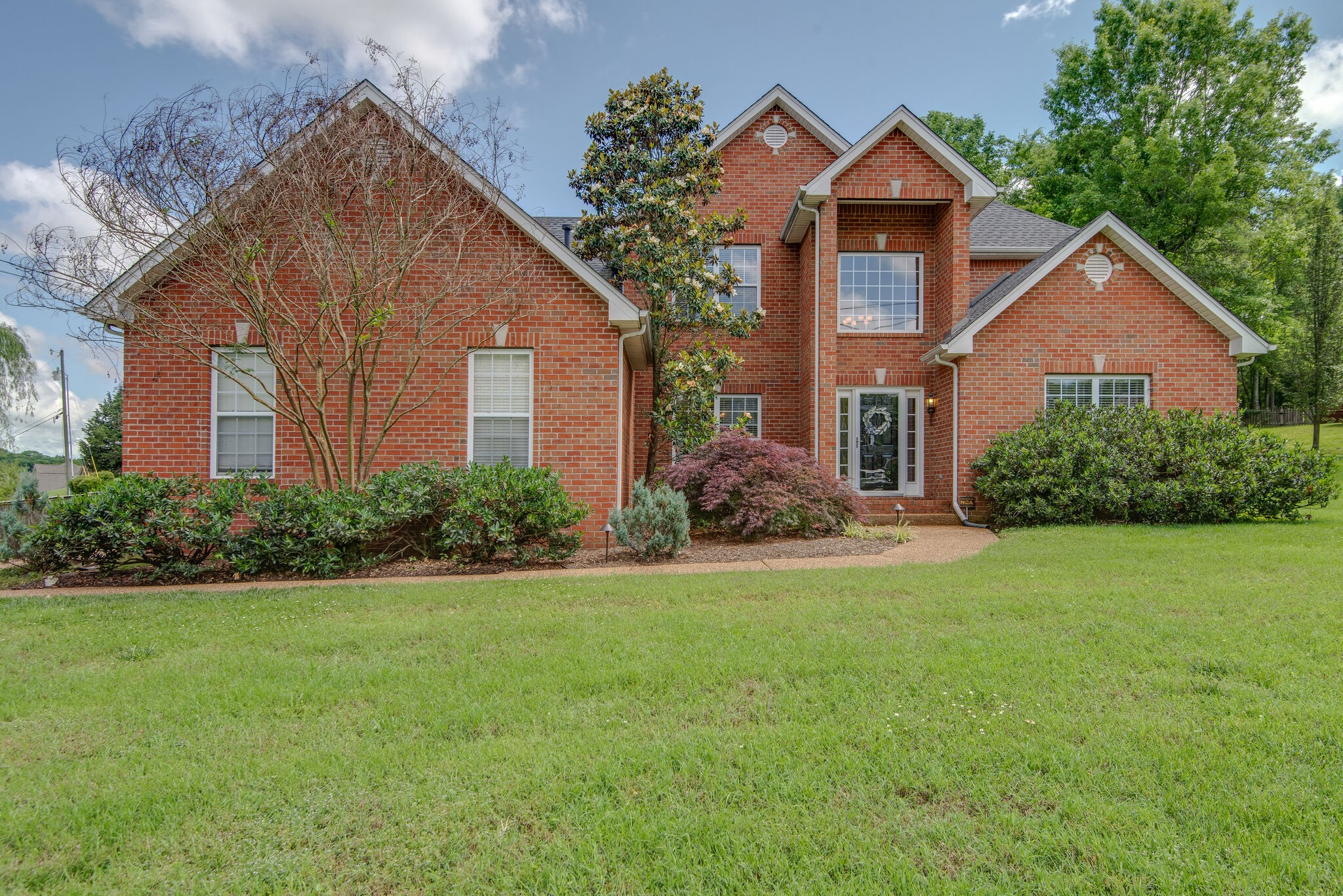Enjoy one of the largest lots in the community on a fenced corner lot w/walkability to Wilco schools & Historic Nolensville. The open floor plan offers master on the main. Built-in shelves in formal living or home office. The large bonus room over the garage has beautiful built-in shelving and bench area. The fenced back yard has a brand new deck & storage shed. The most recent updates including a new roof, interior paint, new hardwood floors, carpet, renovated kitchen & bathrooms. A must see!