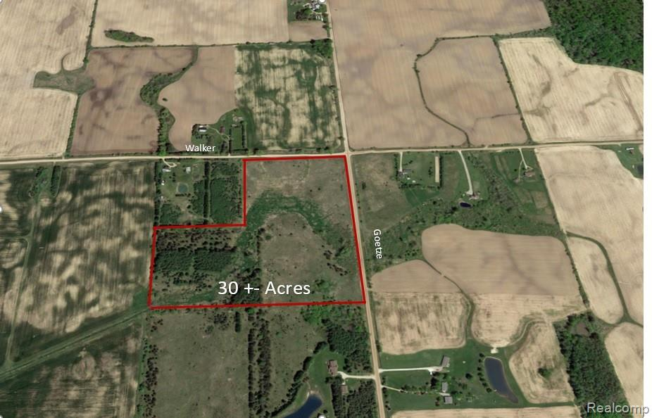 Must see recreational land on the corner of Goetze and Walker. Great potential to build a home or enjoy recreationally. Approx. 50% wooded makes for a great place hunt or enjoy all of what nature has to offer.