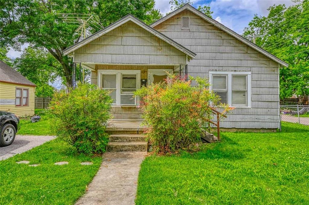 Great investment property near OU campus. Bring your creative side and transform it into a great income producing rental or a first time home. Corner lot,  good size bedrooms with Jack and Jill bathroom, nice backyard with a storage shed.  This will go fast. Schedule your showings ASAP.