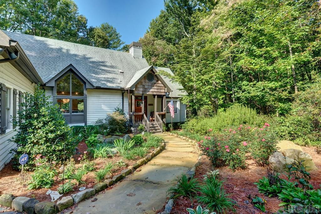 441 Boiling Springs Road, Sapphire, NC 28774