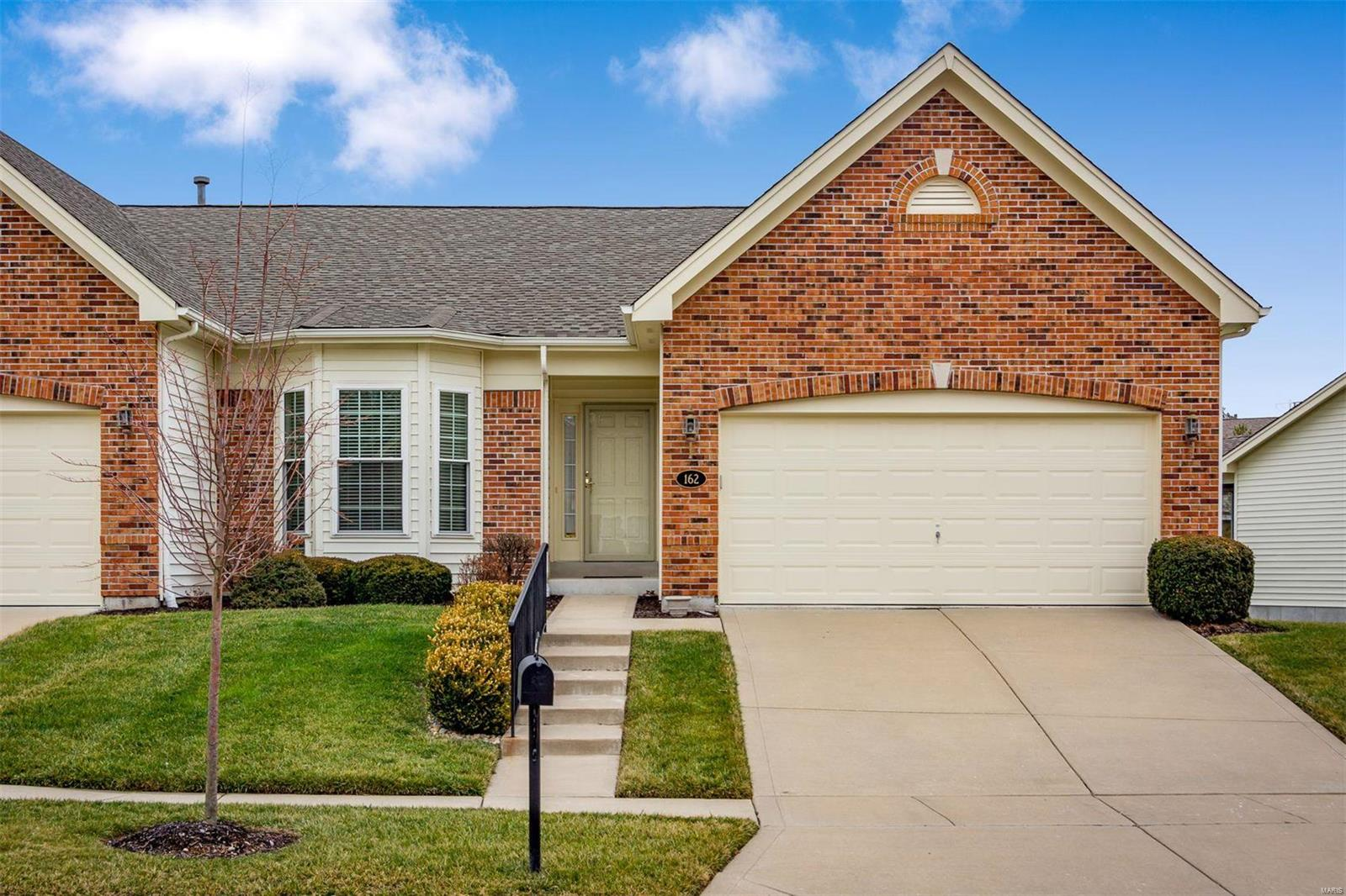 162 New Holland Drive, Chesterfield, MO 63017