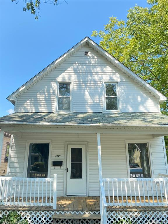 Perfect for first-time homebuyers.  Ask your lender about the Urban Pioneer program {up to $5,000.00}  This home features newer windows, roof, vinyl siding, appliances, washer, and dryer, furnace, refinished hardwood floors throughout, all-natural original woodwork, butlers pantry, and high ceilings.  You are within walking distance of everything you need. Make this your home today.