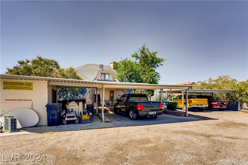 GEODESIC HOME WITH ALMOST 5000 sq ft. LAND MAY BE REZzoned H1 FOR MULTI FAMILY.. 20 car covered parking.