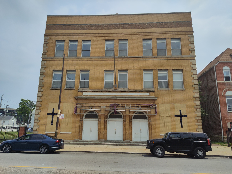 9511 S COMMERCIAL Avenue, Chicago, IL 60617