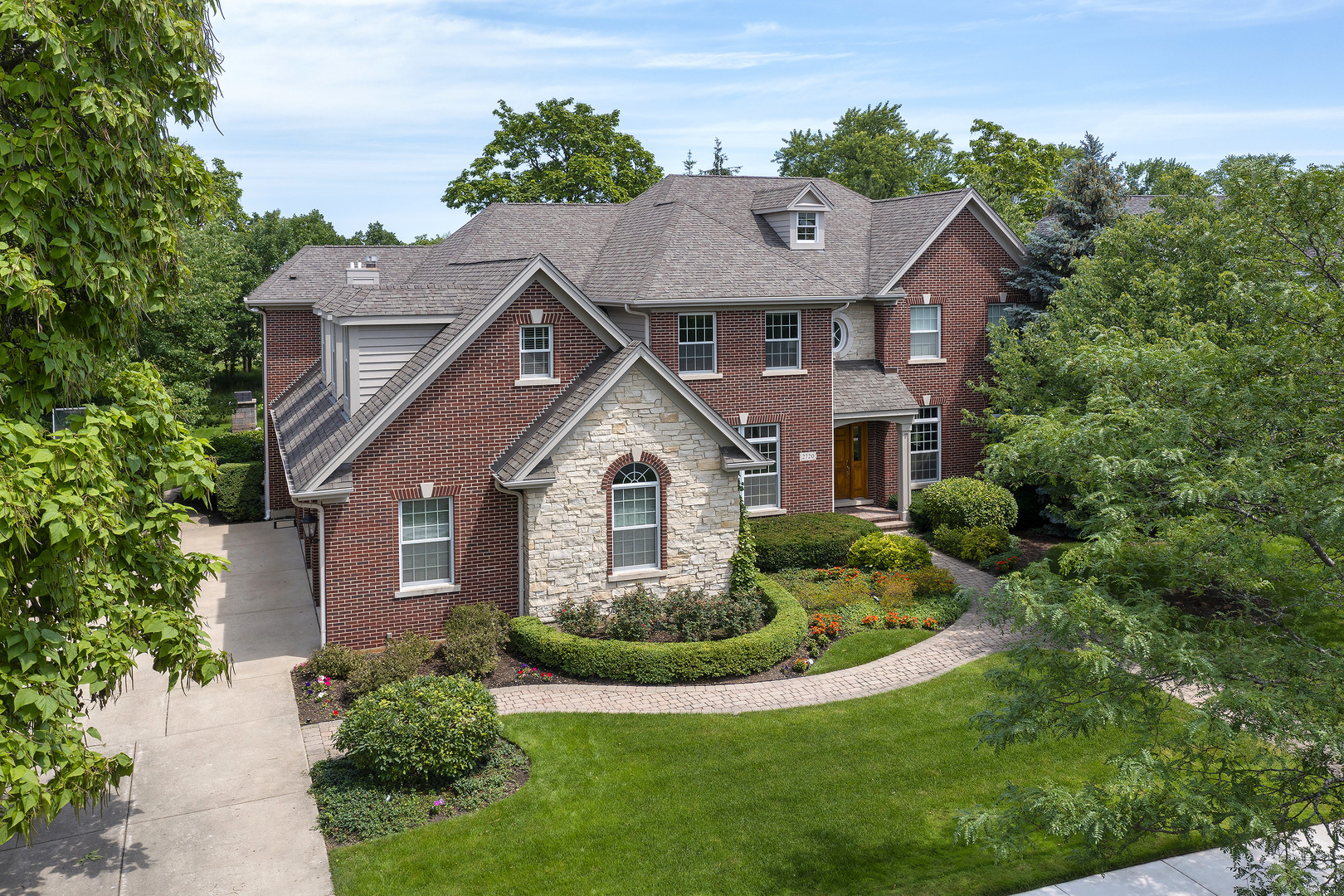 2720 Independence Avenue, Glenview, IL 60026