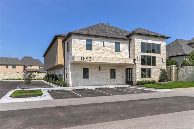 11912 S Norwood Avenue, Tulsa, OK 74137