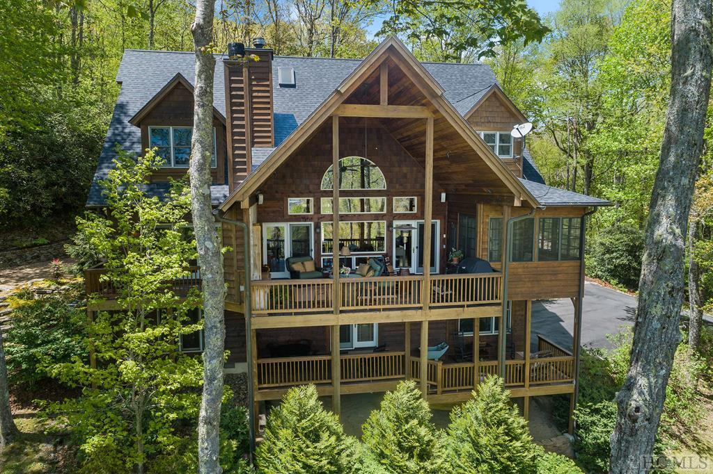 473 Continental Drive, Sapphire, NC 28774