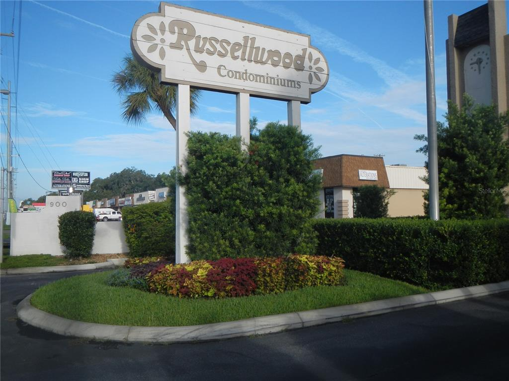 (FIRST FLOOR UNIT!)This condo is in the heart of Brandon, has 2 bedrooms and 2 full baths, both bathrooms have been renovated, New A/C.  Offers a living room / dining room combo with laminate Flooring. Master bedroom has large walk-in closet and shower. Kitchen and both bathrooms have tile flooring. Just walk out the sliding door and walk over to the pool, Laundry hook ups in kitchen closet. This Condo is in the well maintained community of Russellwood, has reserved resident parking with lots of visitors parking. Conveniently located just off State Road 60,Just 2 miles from Brandon Mall.