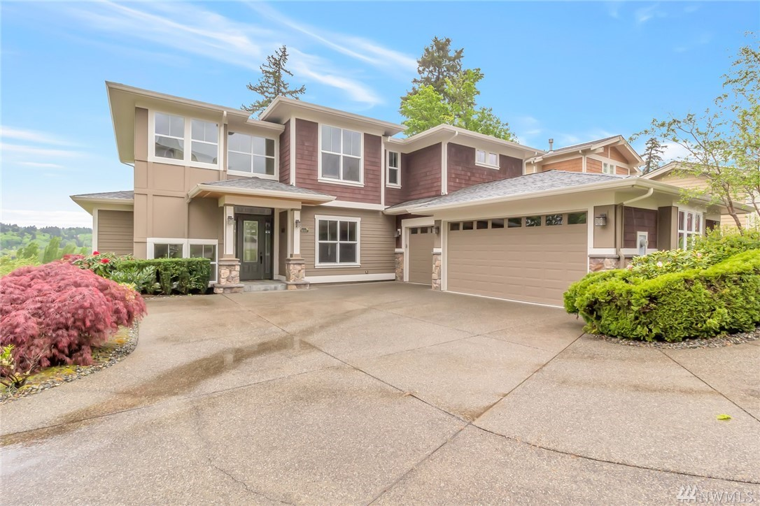 One of the finest vistas in the heart of Redmond Mondavio. This charming home features elegant craftsman finishes w/unobstructed nature views on all three levels. Chef's kitchen w/breakfast nook & butler's pantry. Naturally illuminated living, dining, family room & large covered deck w/fireplace. 3 BR top floor & oversize master suite w/beaming natural light. Lower level w/1 bed, a full bath & open flex space for your imagination. Direct access to the Sammamish River Trail & Neighborhood parks.