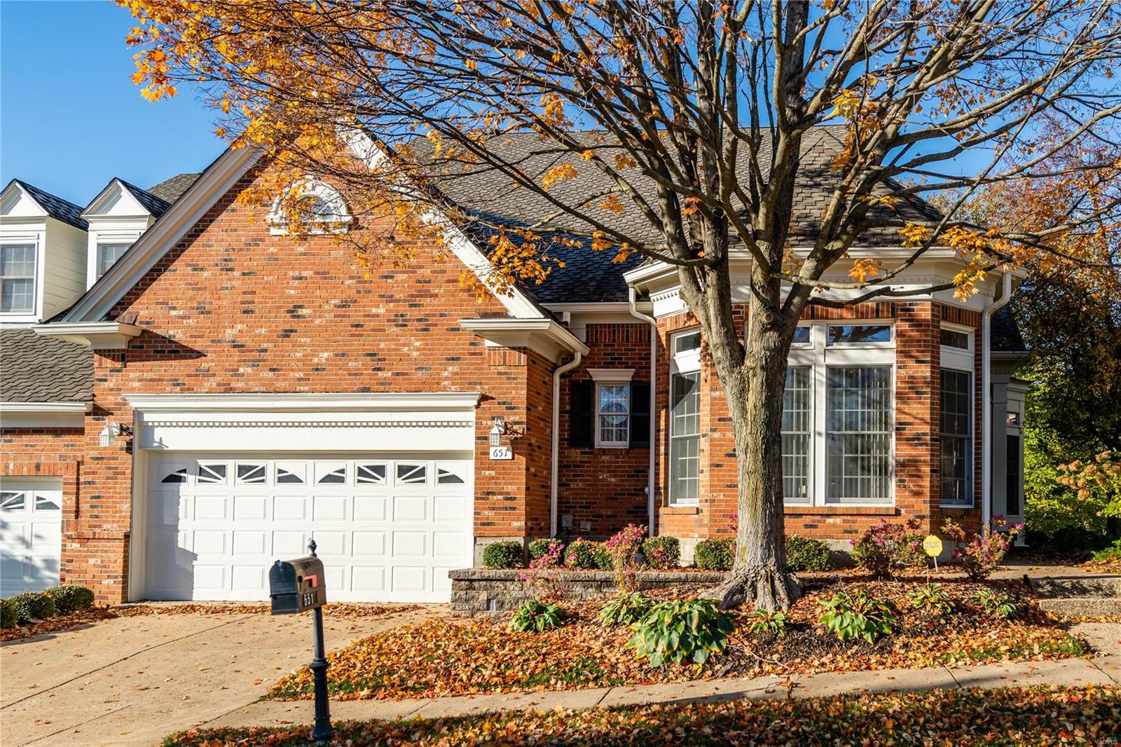 651 Spyglass Summit Drive, Chesterfield, MO 63017