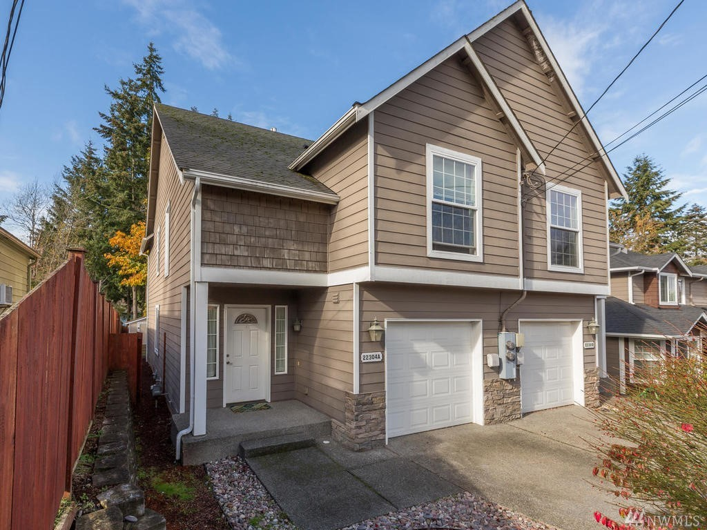 22304 82nd Place W 1, Edmonds, WA 98026
