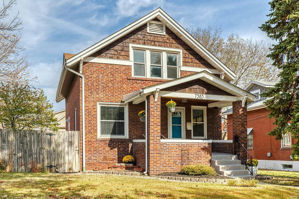 7383 Hazel Avenue, Maplewood, MO 63143