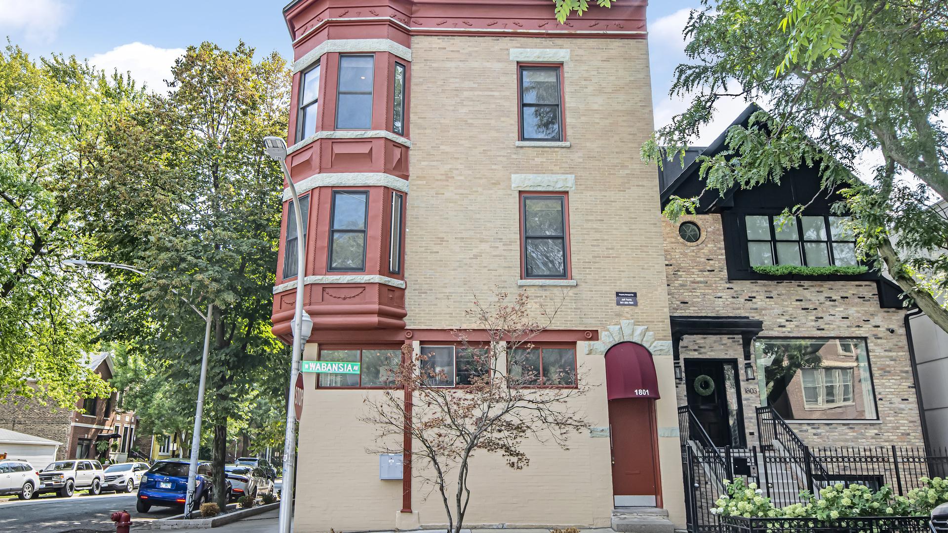 1801 W Wabansia Avenue, Chicago, IL 60622