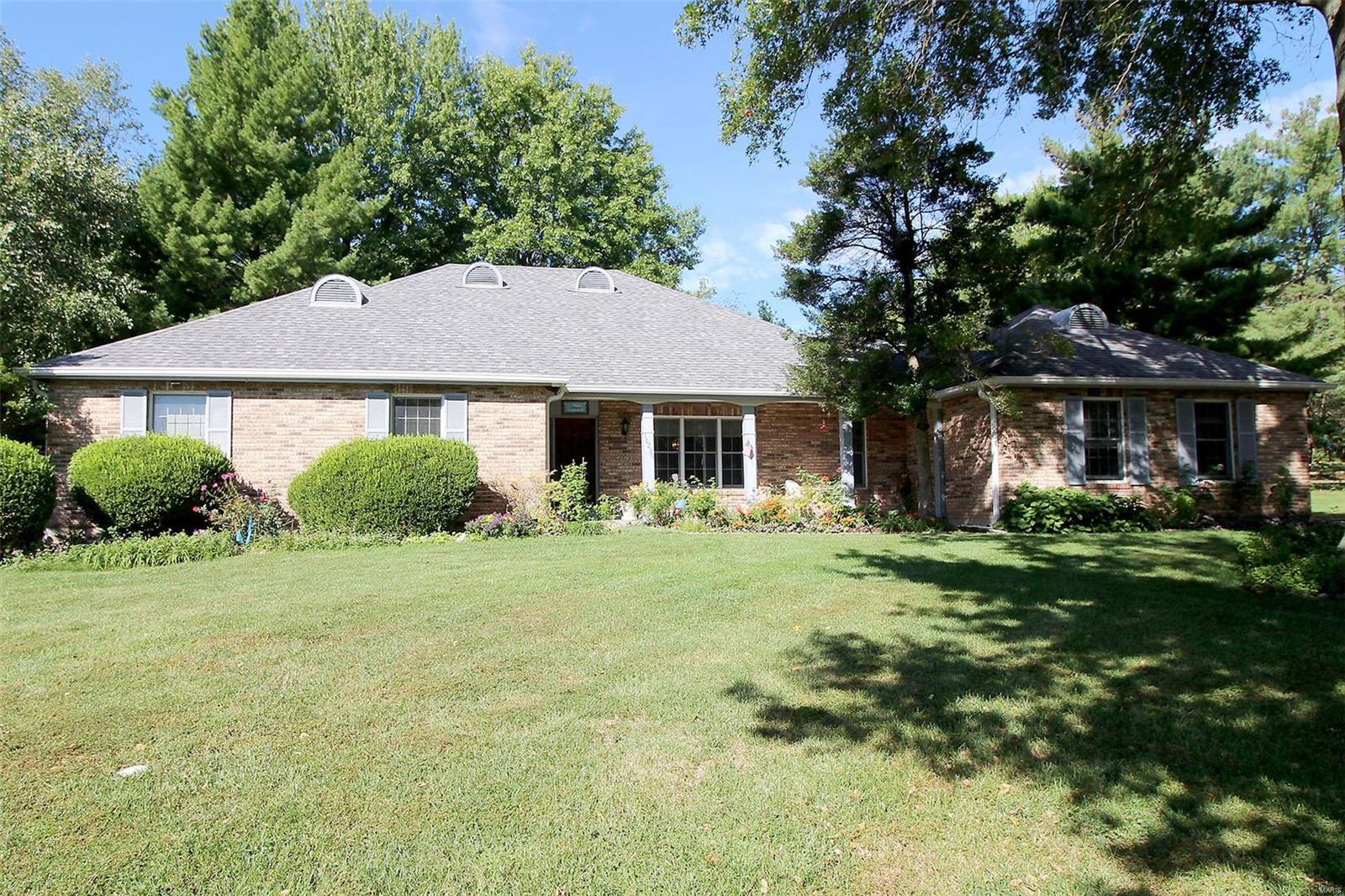 16236 Forest Meadows, Chesterfield, MO 63005