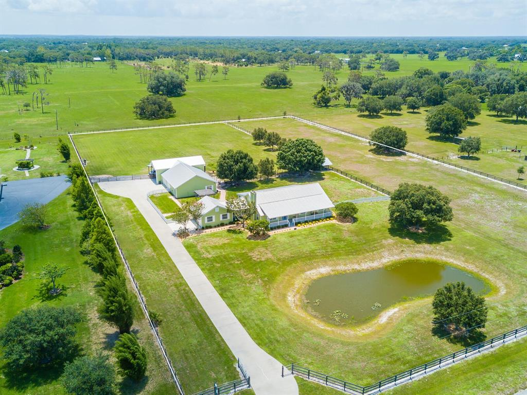 17773 Deer Prairie Drive, Sarasota, FL 34240