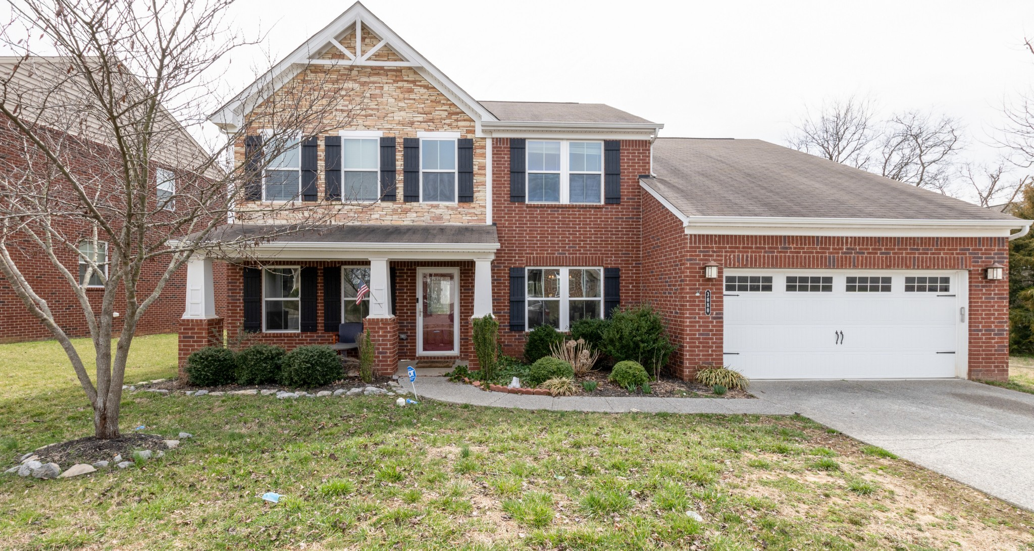 This Gorgeous home offers all the amenities you could want. Includes 4 Bedrooms, 2.5 Baths, Home Office, Dining Room, Living Room, Family Den, 9' Ceilings, Hardwoods throughout, Morning Room & an Open Kitchen. On a private lot that backs up to trees & common area. Back to market due to financing.
