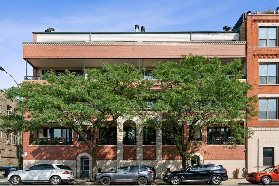 2531 N SHEFFIELD Avenue 2B, Chicago, IL 60614