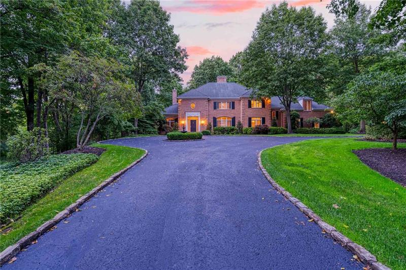 6 Winterberry, Sewickley Heights, PA 15143