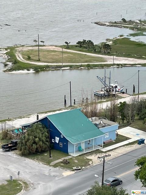 Investment Opportunity in a Prime Location!!!  Want to own your own business, with endless opportunities, on Lavaca Bay, located across the street from Historical Downtown Port Lavaca?  Well this is the perfect place to make that dream a reality!  The opportunities are endless with this amazing property, that is currently being leased and is known as O'Neil and Sons Brewery.  The property has plenty of room to add on additional space, parking or area for outdoor entertainment.  Whether you envision a Sports Bar & Grill, Pub, Wine Tasting Venue, Brewery or Restaurant, you can't find a more perfect location to get it started.  With local festivals multiple times a year being held downtown your business is sure to be a success!!